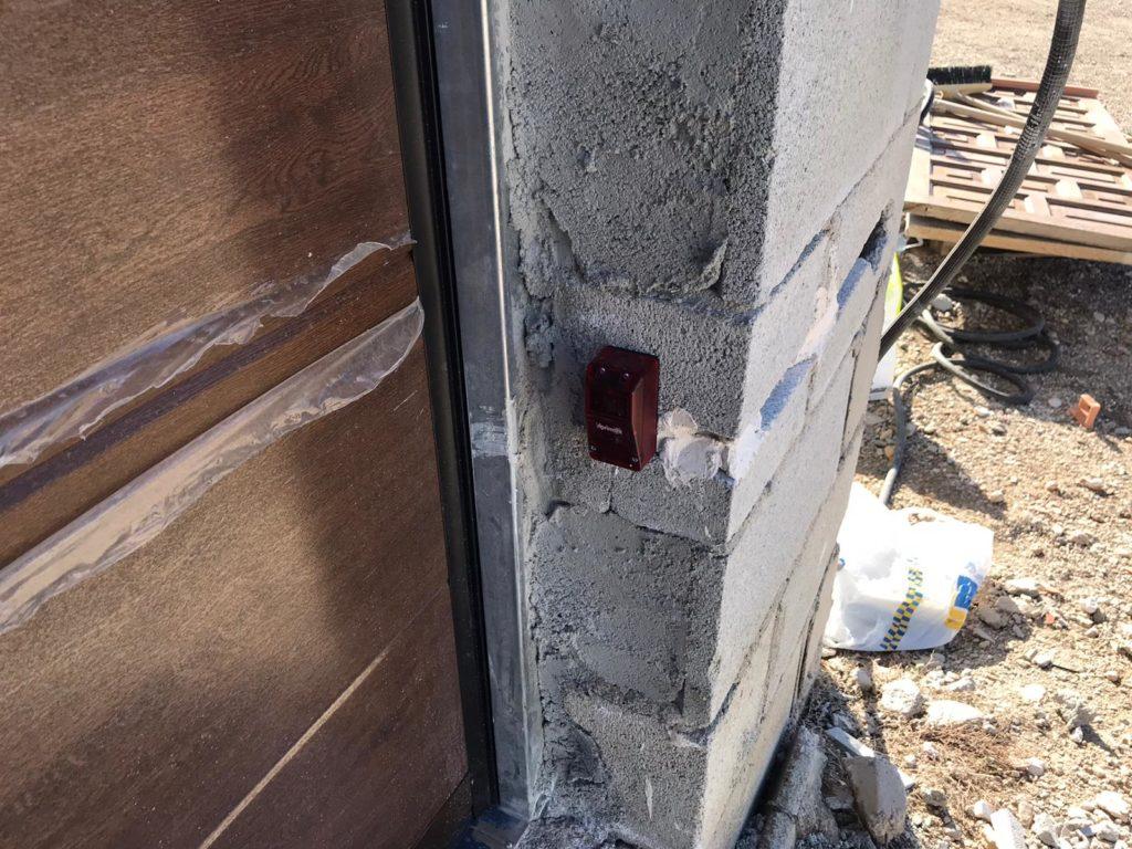 puerta seccional y motor